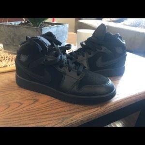 Nike Air Jordan's 4y